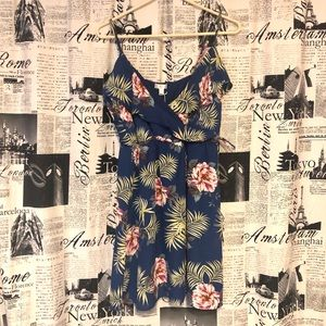 NWT Charming Charlie Dress